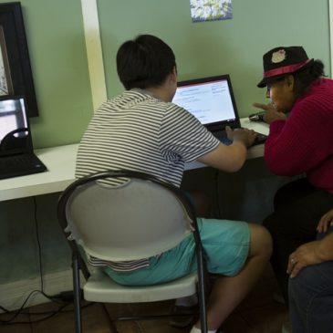 Ofrecen capacitación a las mujeres jornaleras en LA